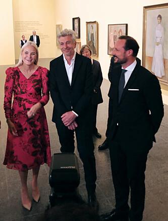 <strong>ÅPNING:</strong> I Düsseldorf åpnet kronprinsparet utstillingen «Edvard Munch gesehen von Karl Ove Knausgård» på galleriet K20. FOTO: Malini Gaare Bjørnstad