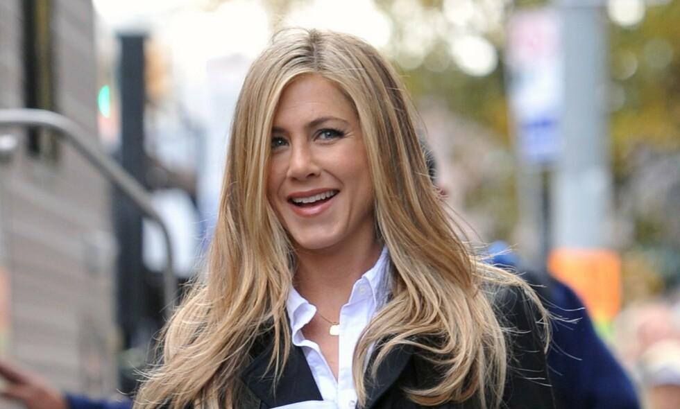 SUPERSTJERNE: I dag er Jennifer Aniston en av verdens største stjerner, men livet som berømt har ikke alltid vært like lett. Foto: NTB Scanpix