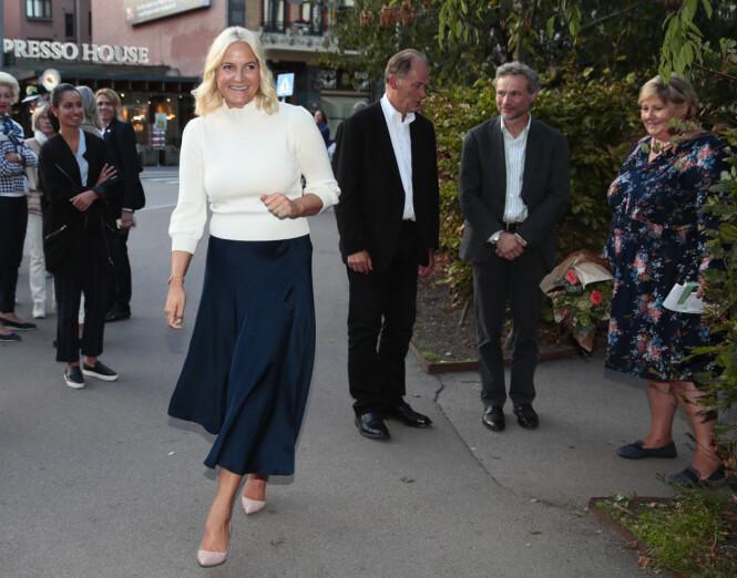 FØRST UT: Kronprinsesse Mette-Marit på et arrangement på Litteraturhuset i Oslo 21. august 2018. FOTO: NTB Scanpix