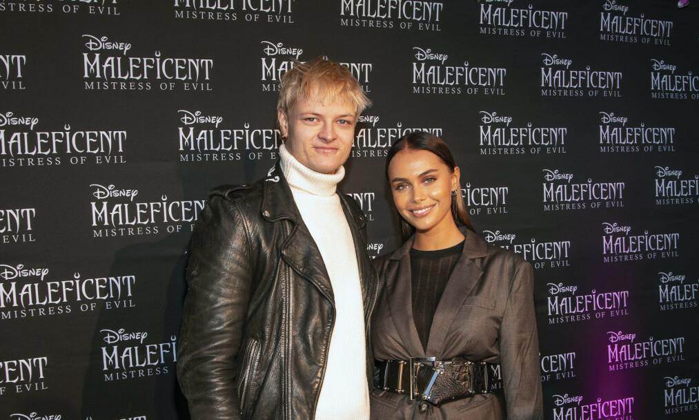 <strong>FILMDEBUT:</strong> Marius Borg Høiby viste sin støtte til kjæresten Juliane Snekkestad under premieren av «Maleficent: Mistress of Evil» mandag. Foto: Tor Lindseth