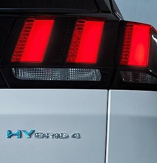 4X4: Hybridlinja gir tre hundre hester og 4x4 selv i el-modus. Foto: Peugeot