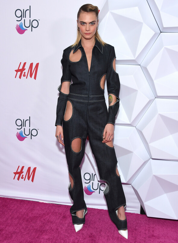 CARA DELEVINGNE: The model and actress on the red carpet during the Girl Up #GirlHero Awards in Los Angeles 13. October. Photo: NTB scanpix