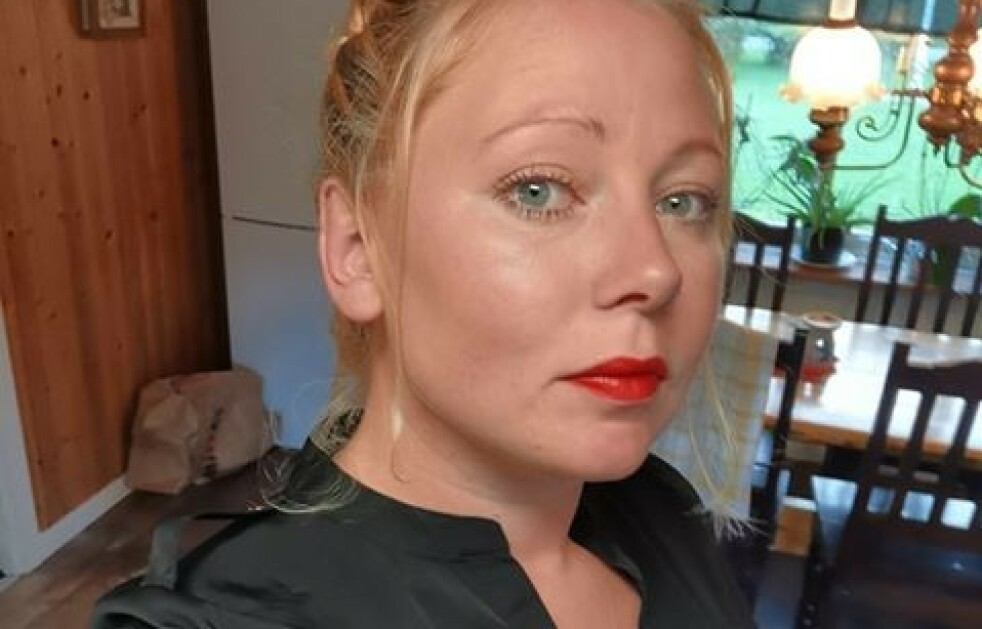 RUSUTLØST PSYKOSE: Svenske Lora Holmgren jobbet hardt, røykte cannabis og drakk alkohol. Det hele endte i en langvarig psykose. FOTO: Privat