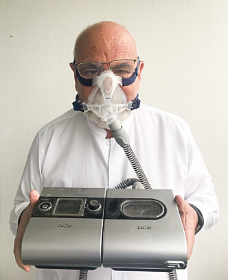 CPAP-MASKIN: Denne maskinen hjelper Pål Stensaas med å sove hver natt. Foto: Linnea Hotvedt Stensaas.