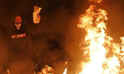 image: Voldsomme demonstrasjoner i Barcelona fjerde dag på rad