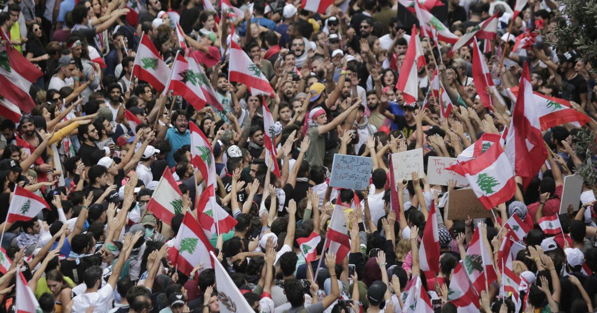 Hundretusenvis protesterte mot Libanons regjering