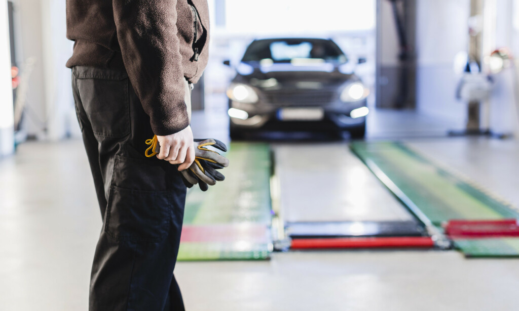 NÅR ER FRISTEN FOR EU-KONTROLL? Du kan sjekke når fristen er for din bil på Vegvesenets nettsider. Foto: NTB Scanpix