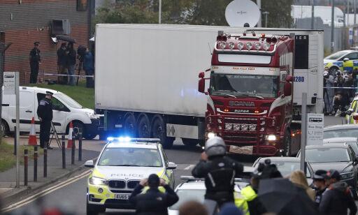 image: Sterke reaksjoner etter funn av 39 døde i lastebil i Sør-England