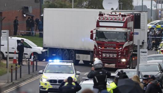 Sterke reaksjoner etter funn av 39 døde i lastebil i Sør-England