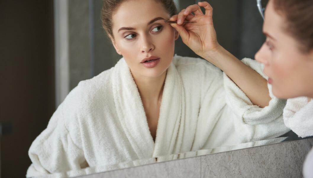 ØYEBRYN: Er huden fin og brynene på plass trenger man nesten ikke annen sminke, mener ekspert. FOTO: NTB Scanpix