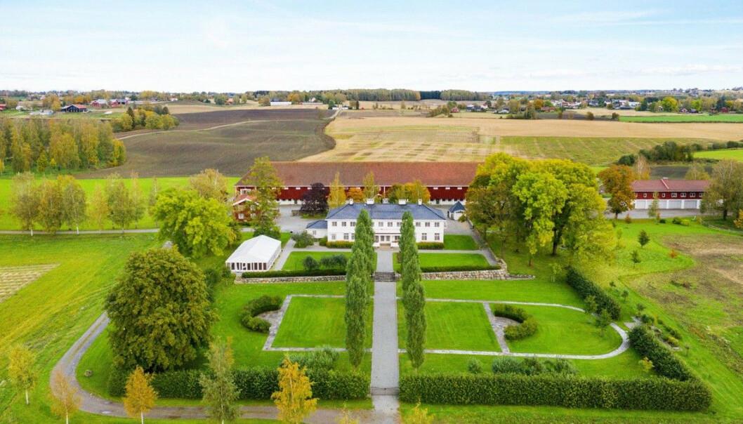 Staten selger gård i Stange til 44 millioner kroner
