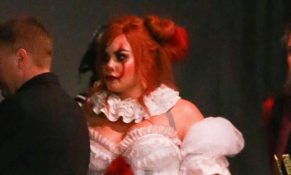 PENNYWISE: Demi Lovato arrangerte Halloween-fest på nattklubben Hyde i Hollywood denne helgen. Foto: Backgrid/ NTB Scanpix