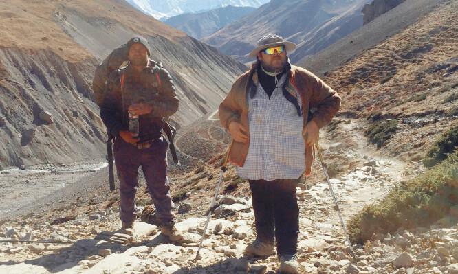 <strong>HIMALAYA:</strong> Ulf André Andersen på fottur i Himalaya. Foto: Privat