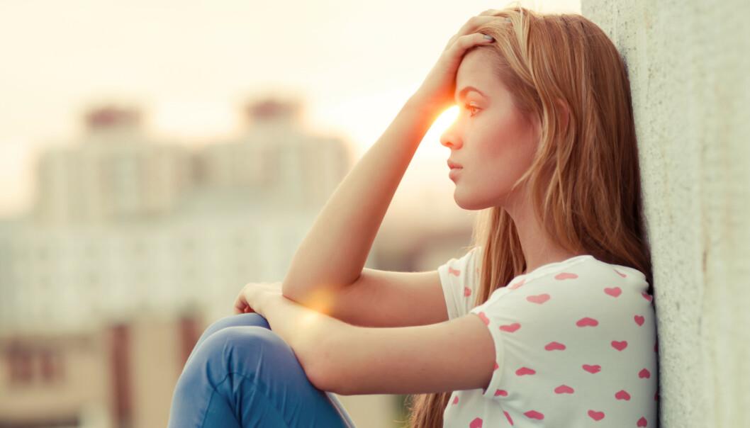 VANSKELIG Å VÆRE I FORHOLD: Det kan være vanskelig å være i langvarige forhold, dersom du har uendelige muligheter utenfor forholdet.