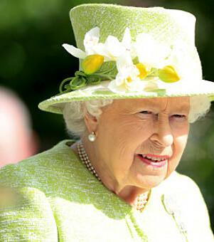 LIMEGRØNN: Fargen på dronningens hatter under Royal Ascot har blitt noe flere av publikum vedder på. Foto: NTB Scanpix