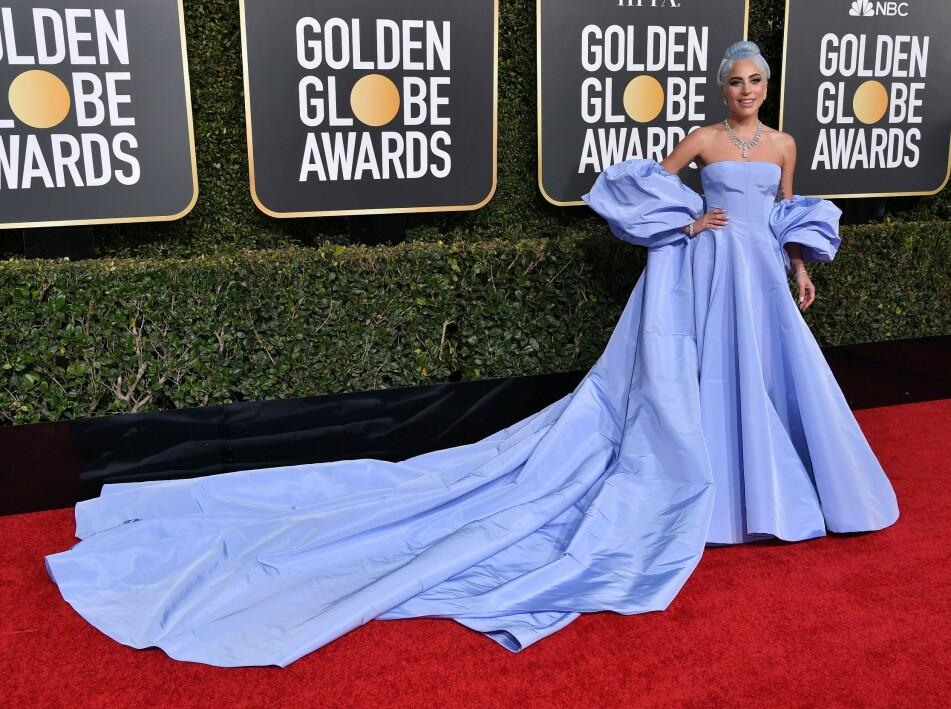 LADY GAGA: Golden Globes-kjolen til stjernen skal ha blitt gitt bort til en hotellansatt. Foto: NTB Scanpix