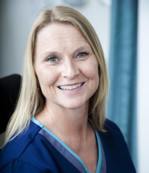 REAGERER: Lege, samfunnsdebatant og forfatter Kari Løvendahl Mogstad. Foto: Cathrine Dillner Hagen
