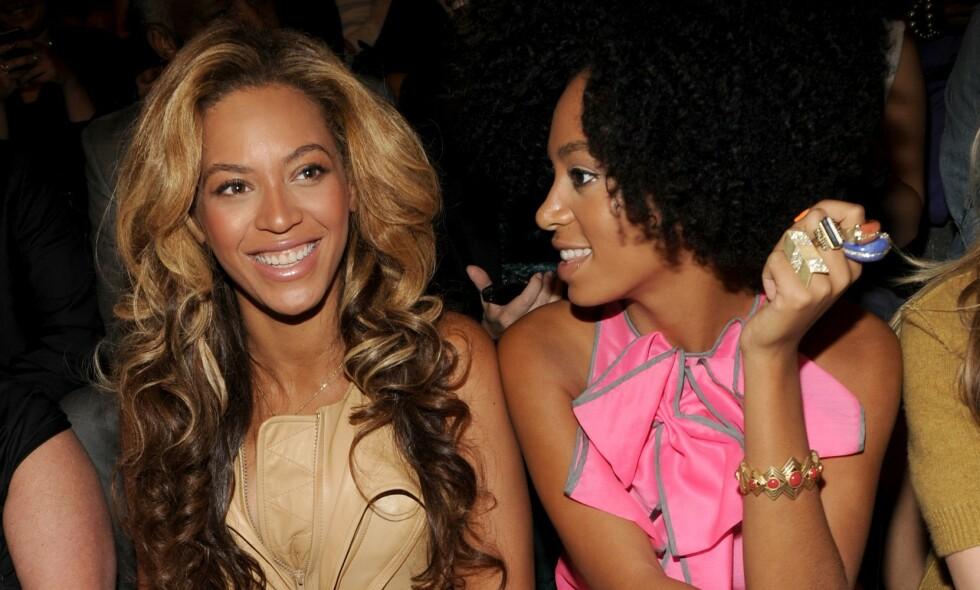 SINGEL: Den berømte sangstjernen Beyonce Knowles sin søster Solange (t.h), har blitt singel etter at det fem år lange ekteskapet med ektemannen Alan Ferguson nylig tok slutt. Foto: NTB Scanpix