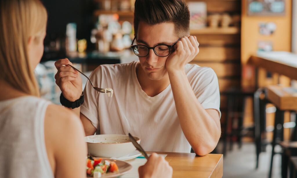 SPISEFORSTYRRELSE: For individet selv kan det være vanskelig selv å erkjenne at man har en spiseforstyrrelse. Noen spørsmål kan hjelpe til med å avdekke at personen har et problem. Foto: Shutterstock / NTB Scanpix