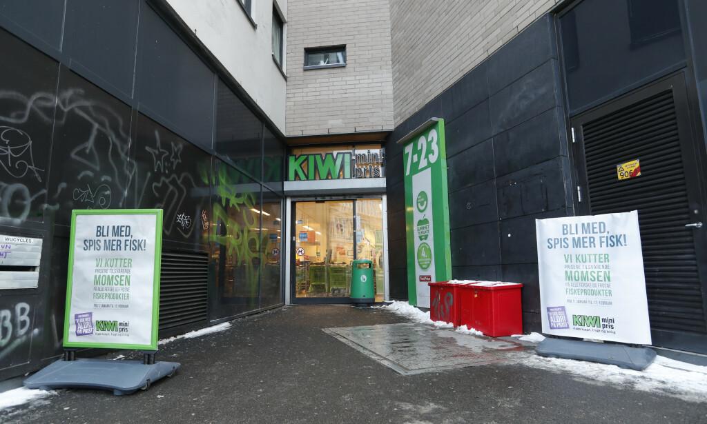 Det var her, på en Kiwi-butikke i Møllergata i Oslo sentrum, at russeren gikk til angrep på en kvinne og en mann 17. januar i år. Foto: Terje Bendiksby / NTB scanpix