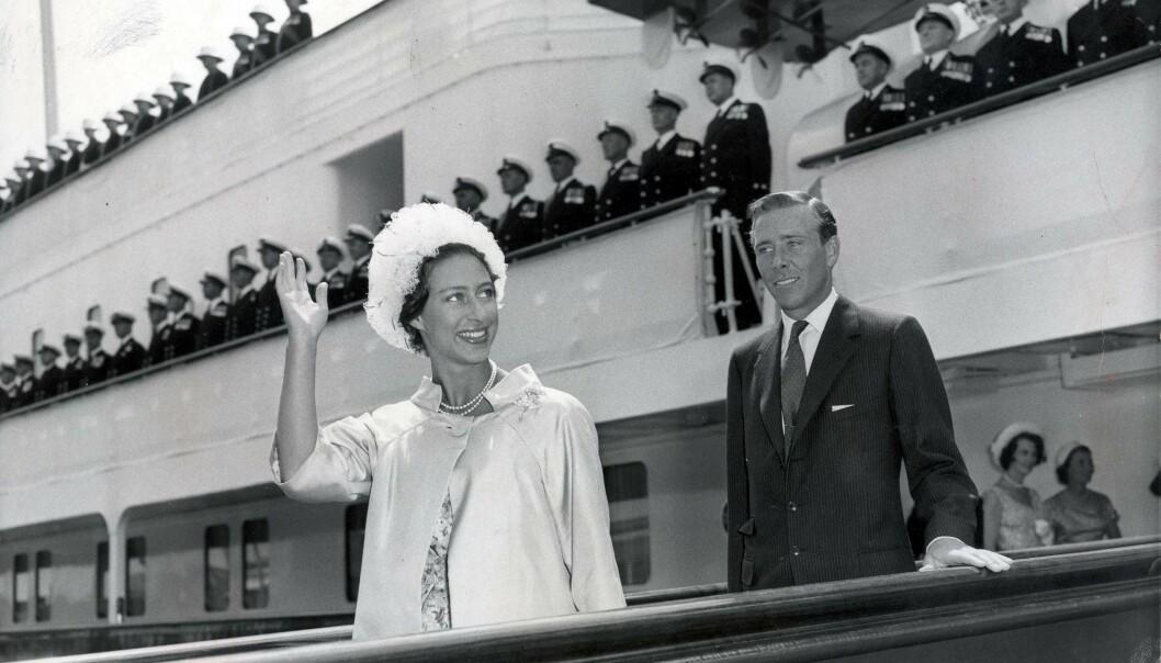 BRYLLUPSREISE: Prinsesse Margaret og Antony Armstrong-Jones fotografert etter bryllupsreisen. Foto: Shutterstock / NTB Scanpix