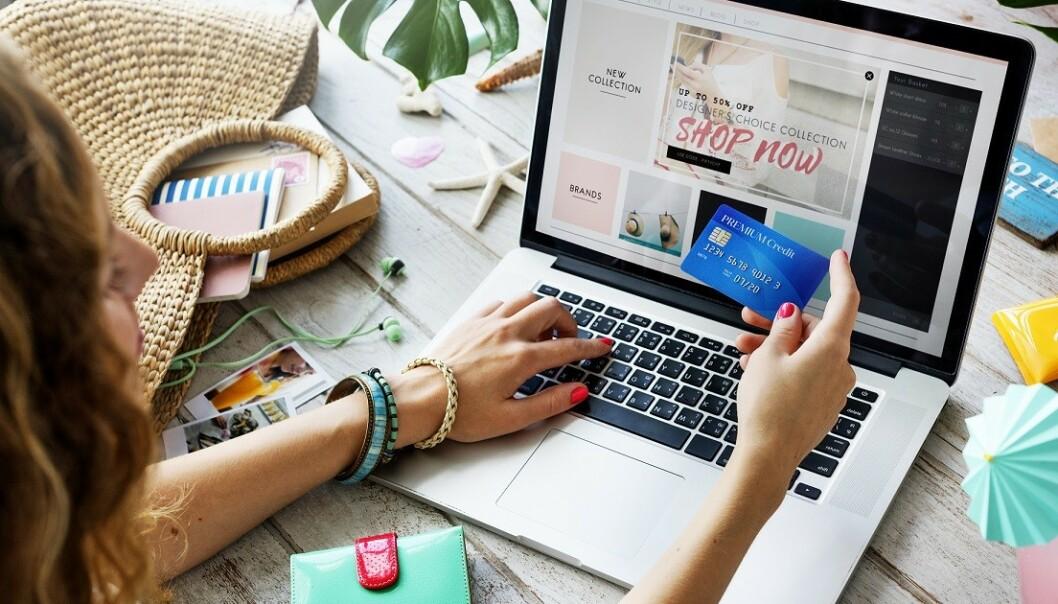 NETTHANDEL: Handler du på nett er det litt enklere å ombestemme seg, selv om du shopper på salg. Foto: Scanpix.
