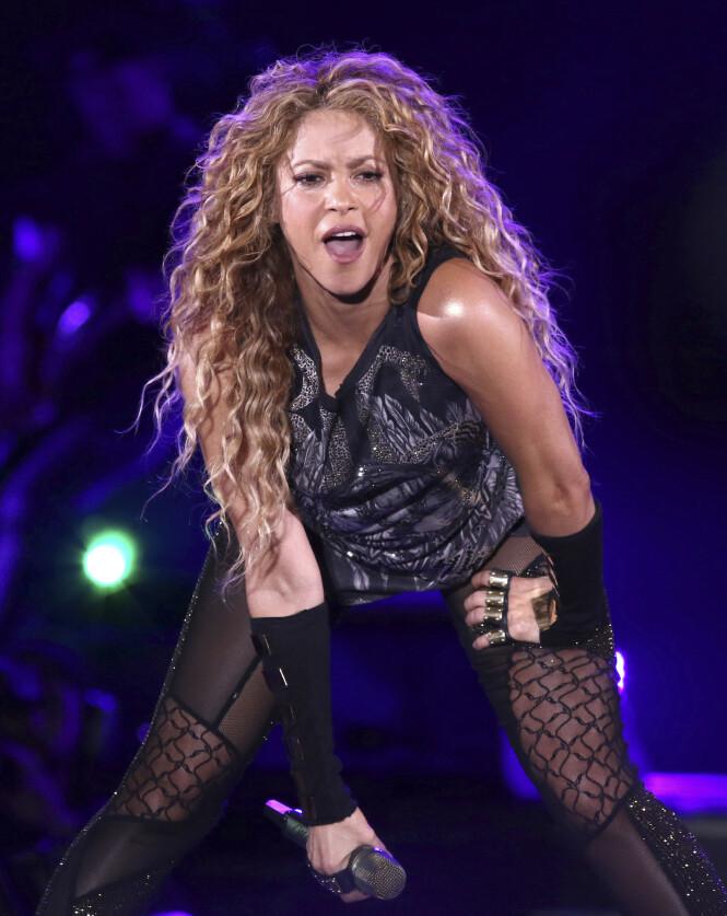 TILBAKE: I fjor var Shakira tilbake på turné. I februar opptrer 42-åringen også under Superbowl. her er hun avbildet under en konsert Madison Square Garden, New York, i august 2018. Foto: NTB Scanpix