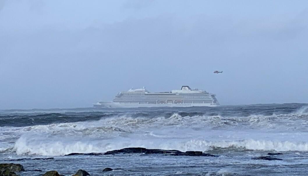 Havarikommisjonen: Viking Sky var kun en skipslengde fra å grunnstøte