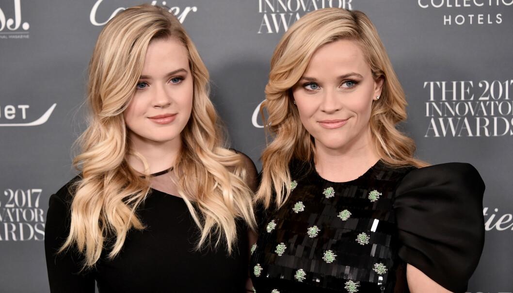 <strong>SLÅENDE LIKHET:</strong> Reese Witherspoon og dattera Ava Elizabeth Phillippe kunne nesten vært søstre. Foto: NTB Scanpix