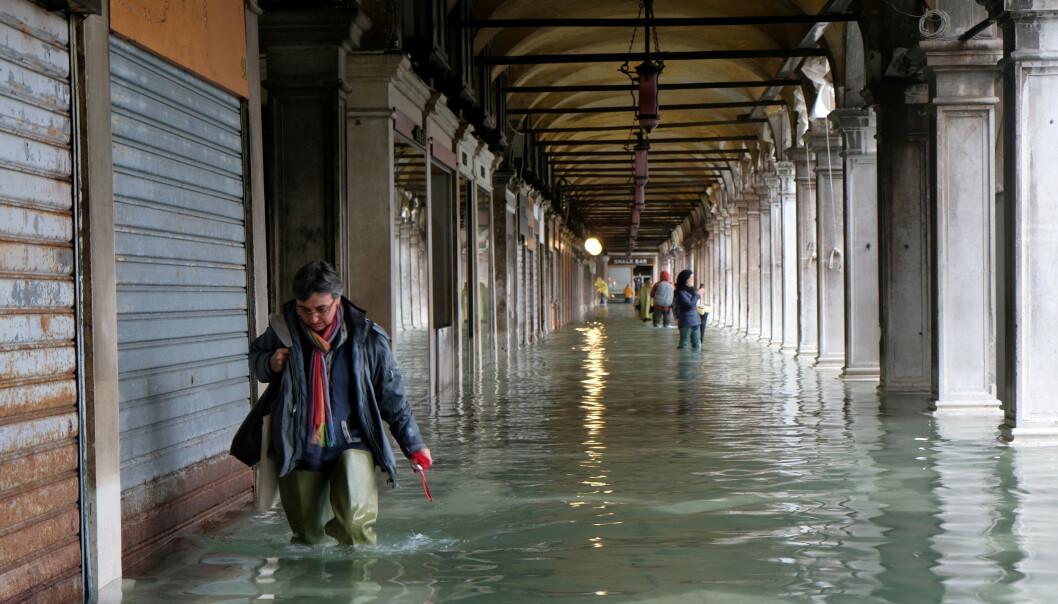 <strong>PROBLEMER:</strong> Vannstanden har skapt store problemer i Venezia de siste dagene. Foto: Reuters/Manuel Silvestri