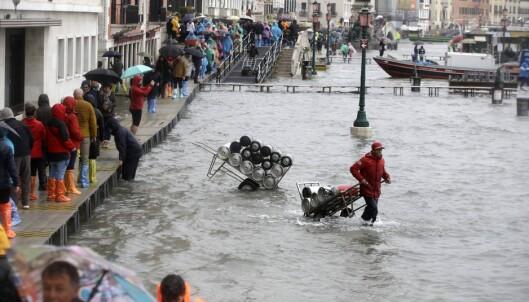 Italia vil erklære unntakstilstand: - Byen er i knestående