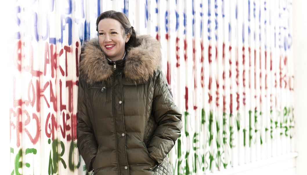 FLYTTER HJEM: I seks år har Kristine Storli Henningsen bodd i utlandet sammen med mannen og tre sønner. Nå flytter hun hjem til Norge. FOTO: Astrid Waller