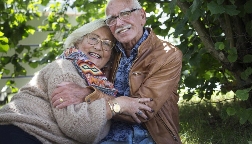 Latter og glede er viktige ingredienser i et parforhold, mener Åge og Gerd. Foto: Sverre Chr. Jarild