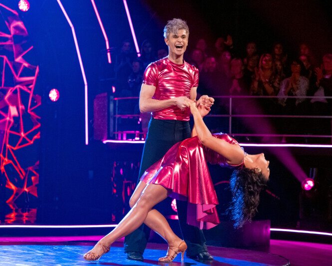 FINALEHÅPET BRAST: Victor Sotberg og dansepartneren røk ut av «Skal vi danse» i semifinalen forrige helg. Foto: Thomas Andersen / TV 2