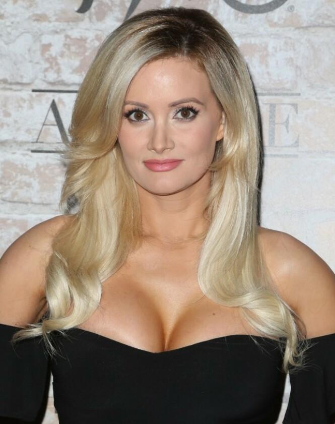 SAMMEN MED HEFNER: Holly Madison var blant Playboy-grunnleggerens kjærester. Her er hun i 2017. Foto: NTB Scanpix