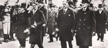 Hitlers flosshatt solgt for over 500 000 kroner