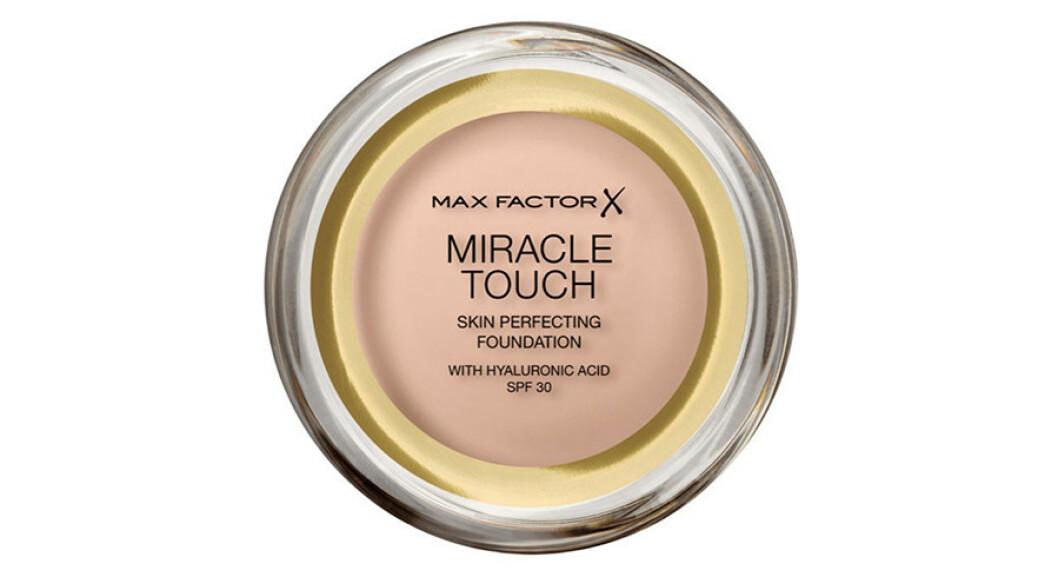 Foundation   Max Factor   https://www.blush.no/product/1135392/sminke/base/max-factor-miracletouch-foundation-spf30?utm_source=KKtutorialu48Kristine_MTFDT