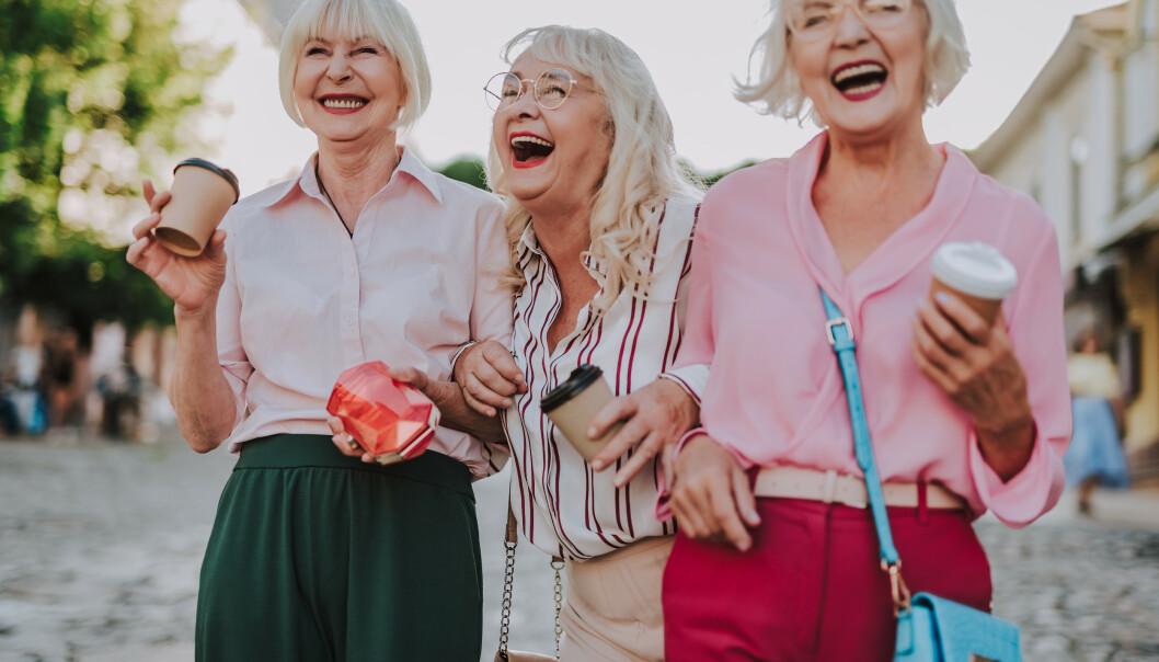 <strong>Slik ser markedsførernes nye drømmekunder ut:</strong> Med sølvgrått hår og lyst til å få mest mulig ut av livet. Penger i banken har de ofte og. Foto: Scanpix/Shutterstock