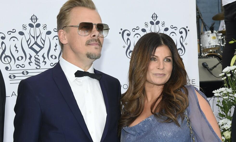 - PÅ IS: Carola Häggkvist og kjæresten Jimmy Källqvist har vært et par siden 2014. Etter flere turbulente perioder, er forholdet igjen satt på pause. Foto: NTB Scanpix