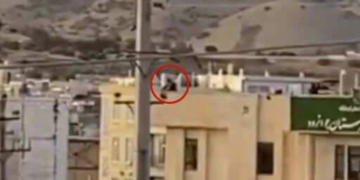 image: - Skyter mot ubevæpnede demonstranter