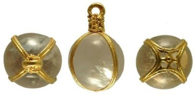 <strong>KUNNE Å SMYKKE SEG:</strong> Vikingskatten inneholdt en rekke smykker, flere av dem gullforgylt. Foto: British Museum