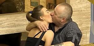 Milojko (74) og Milijana (21) i utroskandale