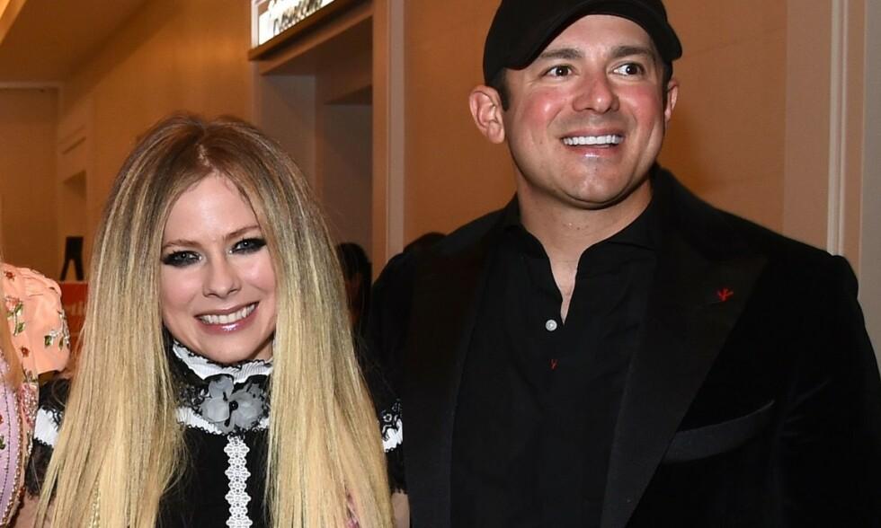 BRUDD: Avril Lavigne og Phillip Sarofim skal ha gått hver til sitt. Her er de sammen på eventet «Race to Erase MS» i Beverly Hills i mai. Foto: NTB Scanpix