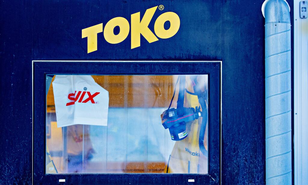 Smøreboden: Tokos - og Swix' smørebod under langrennsåpningen på Beitostølen i forrige uke. Foto: Bjørn Langsem