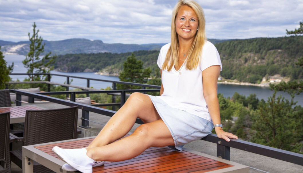 STORE KONTRASTER: «Farmen»-deltakeren Vibecke Garnaas (44) fikk et annet, og helt nytt syn på livet etter at hun havnet i en dramatisk ulykke som 17-åring. Foto: Tor Lindseth / Se og Hør