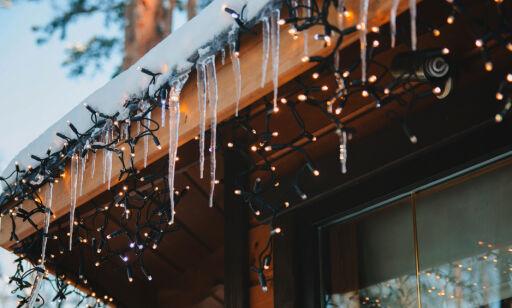 image: - Ikke bruk de gamle julelysene