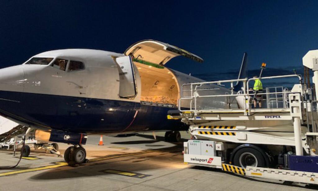 TOPPHEMMELIG: Totalt åtte topphemmelige flyvninger med en totalverdi på 46 milliarder kroner er blitt gjennomført. I morgentimene 22. november ble den aller siste lasten levert. Foto: G4S