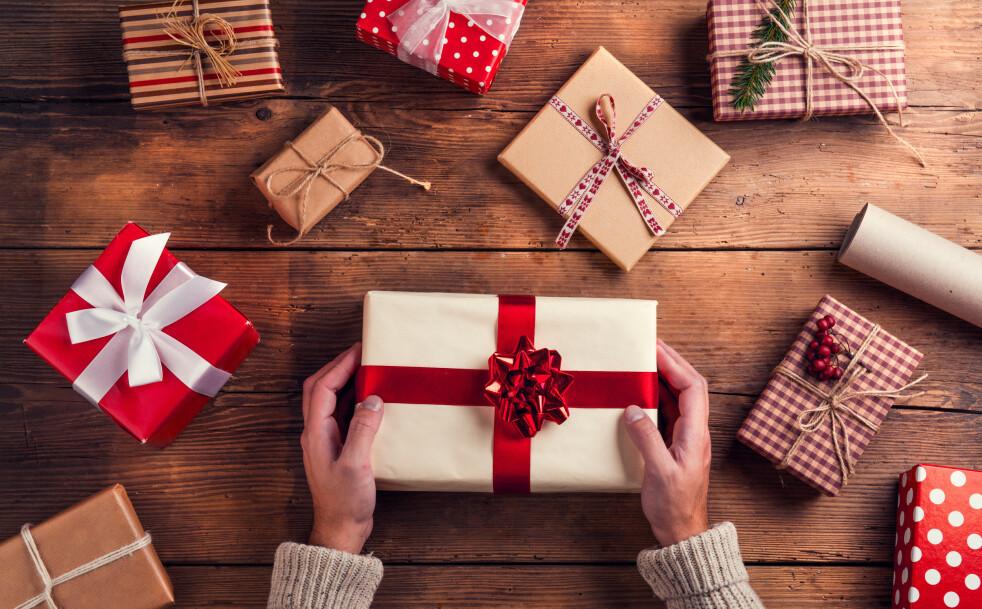 NYTTIG: Ønskeliste er et godt verktøy når man skal kjøpe gaver, så man vet at man gir noe som faller i smak. FOTO: NTB Scanpix