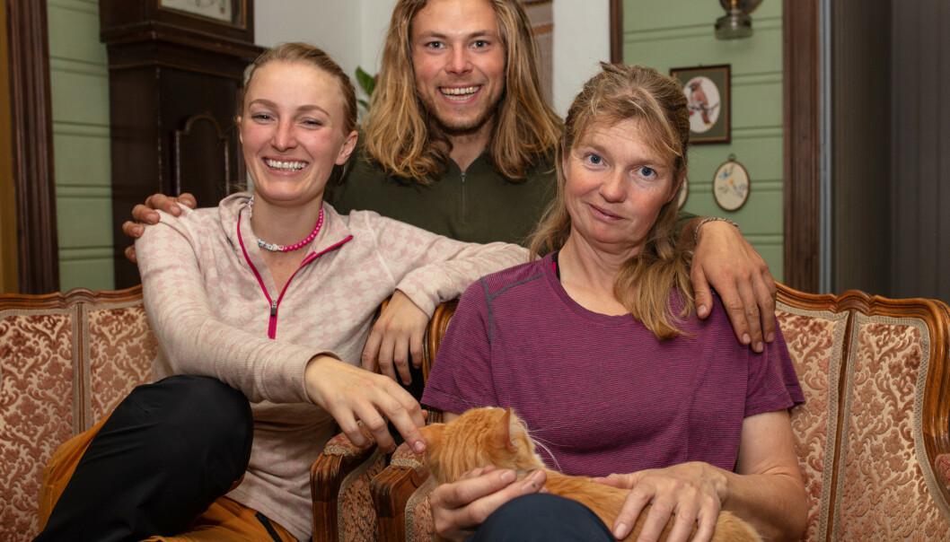 <strong>SEMIFINALISTER:</strong> Ingebjørg Monique Haram (31), Erik Rotihaug (24) og Agna Hollekve (47) skal søndag kjempe om å tittelen som vinneren av «Farmen» 2019. Foto: Alex Iversen / TV 2