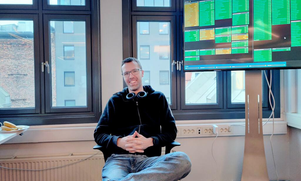Nils Magnus Larsgård er utvikler i Kodemaker, og forklarer deg hvordan du bruker verktøyet Make. 📸: Privat